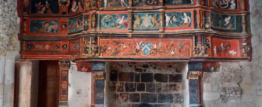 cheminée Prieuré saint rémy la varenne